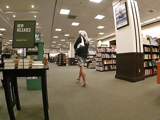 Belgian Lara showing off in B&N