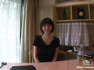 Titty Fucking Japanese MILF