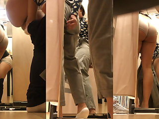 Girl cabine fitting room 10 - Indian desi bitch try pants