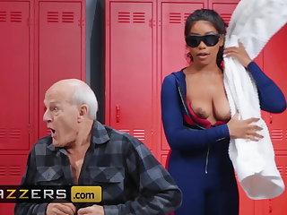 Showers Jenna Foxx Xander Corvus - Seeing Eye Dick - Brazzers