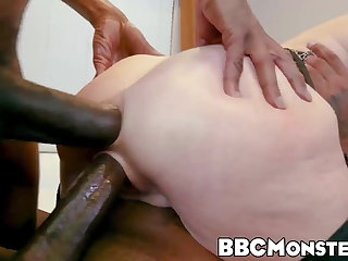 Busty MILF Veronica Avluv double penetrated by thieves Veronica Avluv