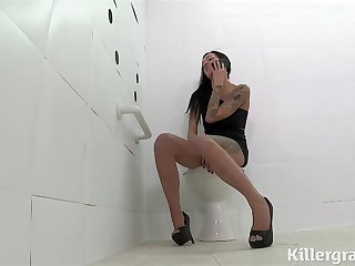 Russian Big boobs babe fucked by 3 hung studs in the gloryhole